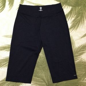 Prana Black Stretchy Bermuda Length Size XS